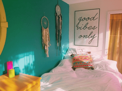 Editor's Note: How to Find and Keep Good Vibes Wherever You Are