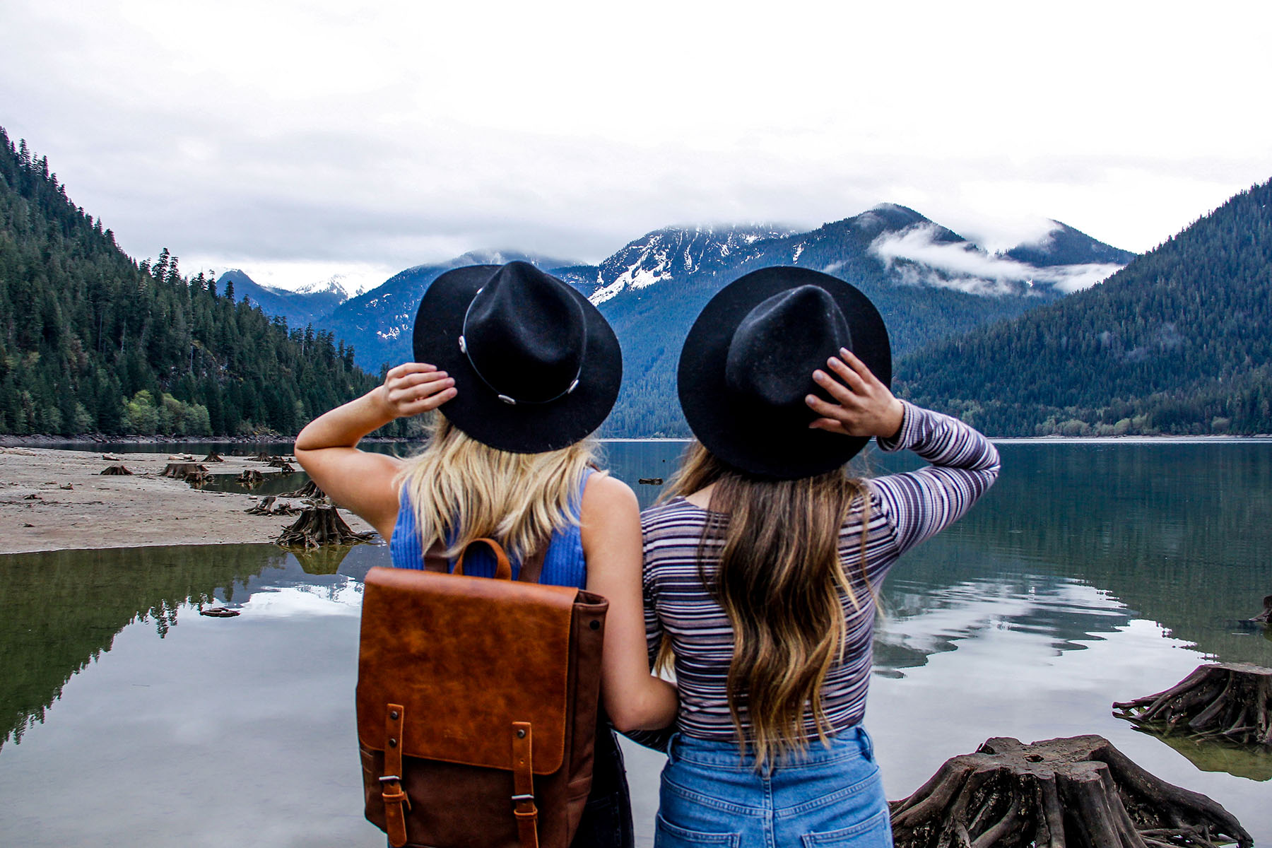 15 Gemini-Inspired Quotes About Life, Love, and Travel