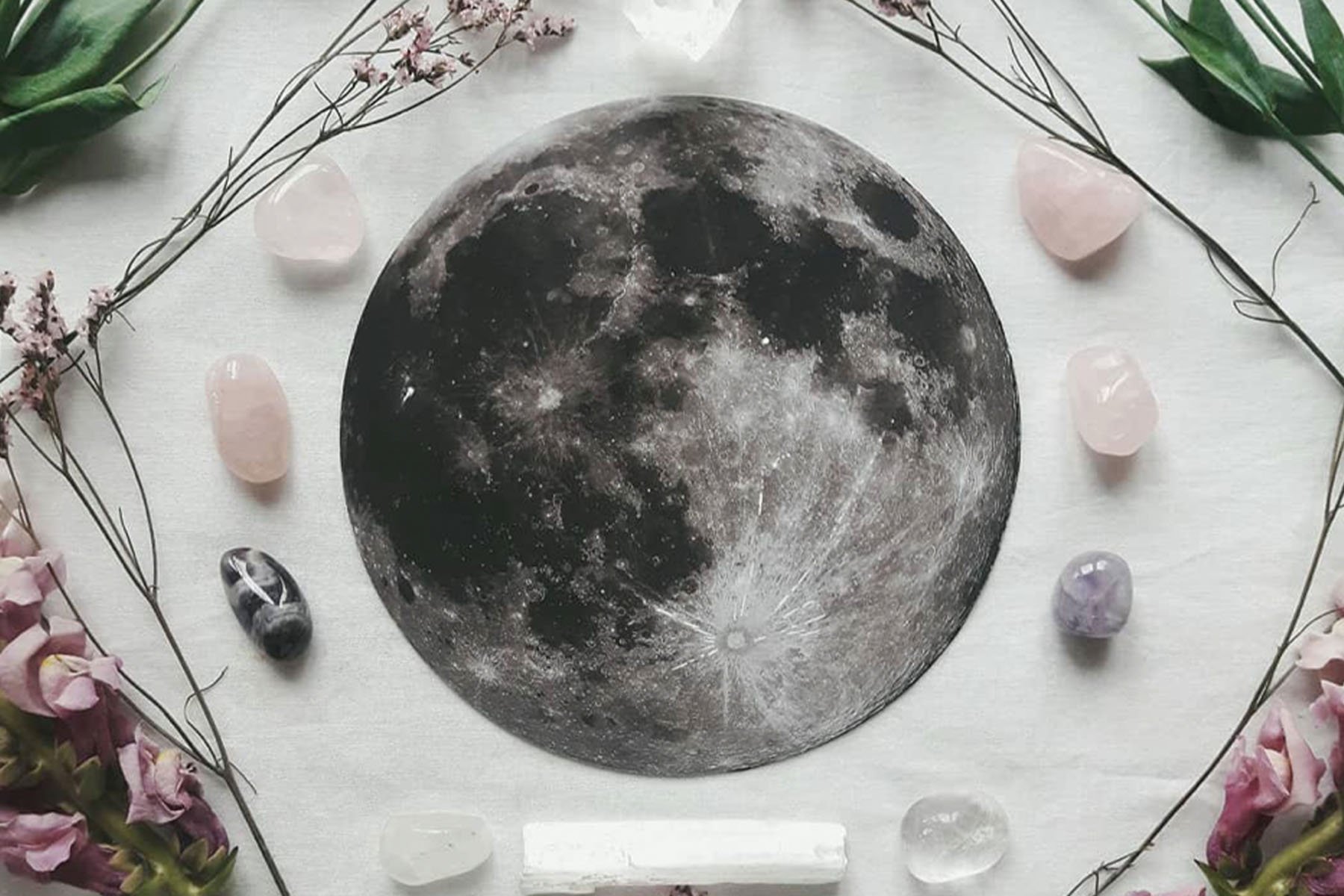 How to Use Healing Crystals for the Sagittarius Full Moon